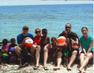 beach group photo c